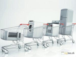 Haushaltgeräte in Einkaufswagen