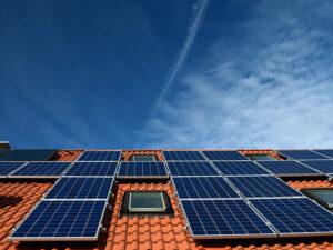 Photovoltaik-Module auf Hausdach